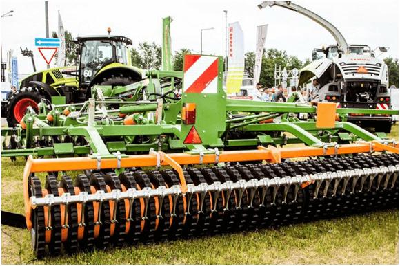 Выставка сельхозтехники CLAAS, AMAZONE, STRAUTMANN Белагро-2019